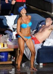 http://thumbnails105.imagebam.com/41939/12be74419383934.jpg