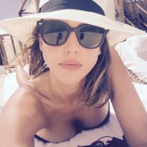 Jessica Alba in a Bikini - 8/12/15 Instagram Pic