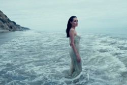 Angelina Jolie - Beach Vogue Nov.2015 - Oct.22, 2015