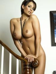 http://thumbnails105.imagebam.com/44565/d5d641445641419.jpg