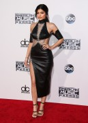 """Kendall Jenner and Kylie Jenner """"The 2015 American Music Awards - Arrivals held at Microsoft Theatre """" Los Angeles, CA 22.11.2015 (x185) Updated 2 2700a1449216395"""