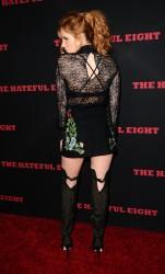 """MEGA POST: Bella Thorne con espectaculares botas en el estreno de """"The Hateful Eight"""" en Los Angeles (7/12/15) Af6cfc451548617"""