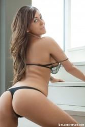 http://thumbnails105.imagebam.com/45458/2317b5454574652.jpg