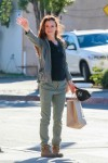Juliette Lewis Waits for a ride after some shopping in a windy West Hollywood December 26-2015 x20