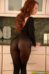 BLACK NAKED WOMEN BUM BIG BUT WITH