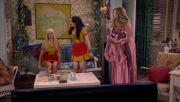 Beth Behrs | 2 broke Girls S04E01