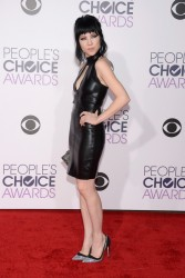 Carly Rae Jepsen - 2016 People's Choice Awards 1/6/15