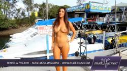 http://thumbnails105.imagebam.com/46049/999b83460482871.jpg