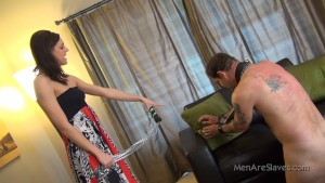 MenAreSlave - Elle, Sadie - Fluff The Fucken Pillow