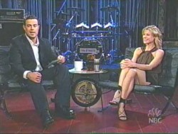 Julie Bowen - Last Call w/Carson Daly from 2003 - Very Leggy - (LQ)