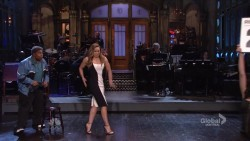 Cecily Strong on Saturday Night Live-1/23/16