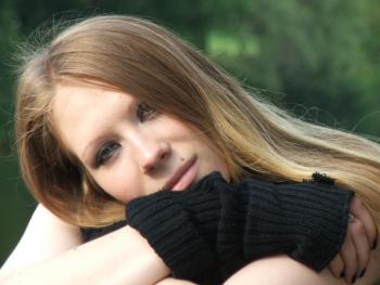Monika mit wunderschönen Augen macht geile Nacktbilder