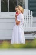 Reese Witherspoon - Draper James Photoshoot Set in Venice 1/22/16