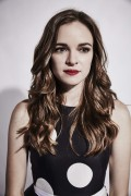 Danielle Panabaker-                Comic Con 2015 The Flash Portraits.