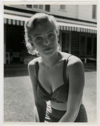 Marilyn Monroe - Earl Leaf Photoshoot 1950