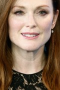 Julianne Moore-              Maggie's Plan Photocall Berlin February 15th 2016.
