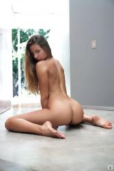 http://thumbnails105.imagebam.com/46622/d81497466215800.jpg