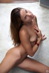 http://thumbnails105.imagebam.com/46622/f32e2a466215608.jpg
