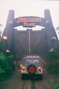 Парк Юрского периода / Jurassic Park (Сэм Нил, Джефф Голдблюм, Лора Дерн, 1993)  6bc9d2466359330