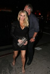 Jessica Simpson - Leaving Nice Guy Club 2/19/16