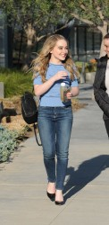 Sabrina Carpenter arrives at the Facebook building in Los Angeles x6