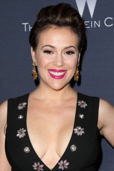 Alyssa Milano at The Weinstein Company's Pre-Oscar Dinner in Beverly Hills 02/27/16