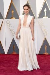 Olivia Wilde -  88th Annual Academy Awards 2/28/16