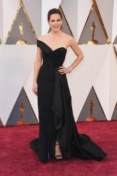 Jennifer Garner - 88th Annual Academy Awards in Hollywood 2/28/16