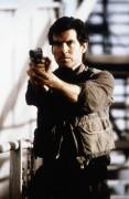 Джеймс Бонд. Агент 007. Золотой глаз / James Bond 007 GoldenEye (Пирс Броснан, 1995) 678323469976796