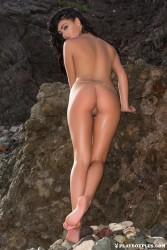 http://thumbnails105.imagebam.com/47055/342335470543515.jpg