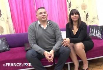 Eva - Ce magnifique couple libertin de Nimes vient sexhiber devant notre camera! (2016) 720p