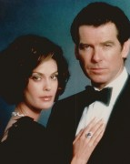 Джеймс Бонд 007: Завтра не умрёт никогда / Tomorrow Never Dies (Пирс Броснан, 1997) 195637470756463