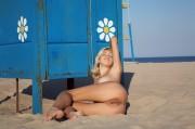 Подглядывание в пляжной кабине