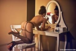 http://thumbnails105.imagebam.com/47118/b81aa3471171889.jpg